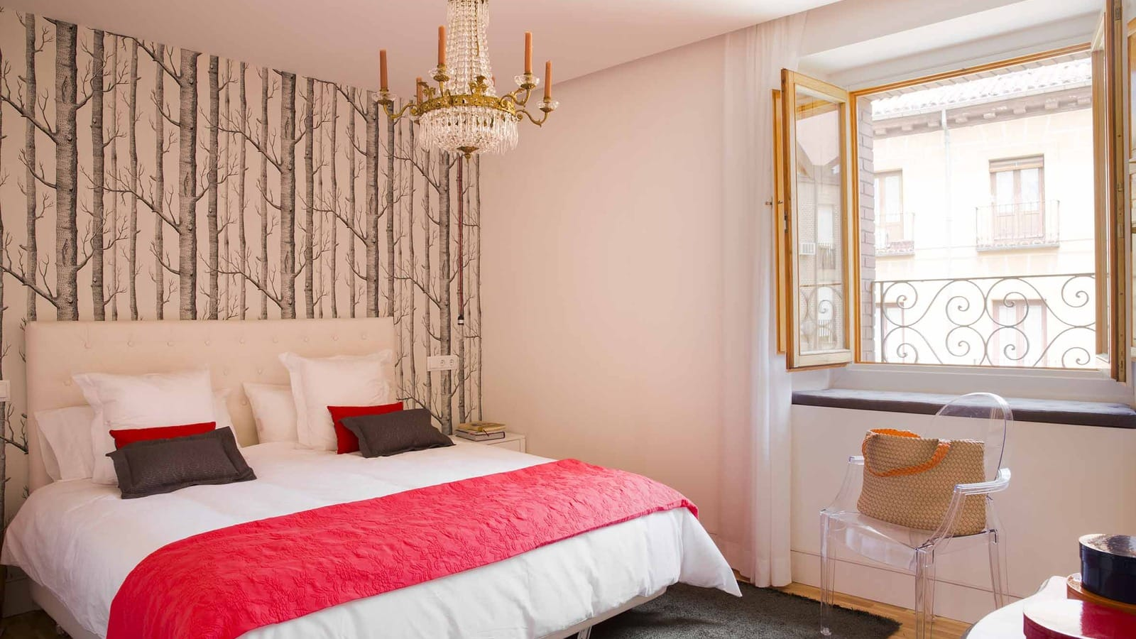 Apartamentos con desayuno en madrid palacio pl conde de miranda - Apartamento turistico madrid ...